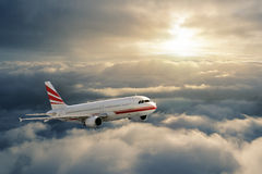 Aeroplano di volo fotografia stock