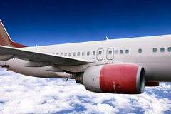 Aeroplano durante il volo Immagini Stock