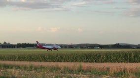 Aeroplano e cielo stock footage