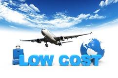 Aeroplano e costa bassa Fotografie Stock Libere da Diritti