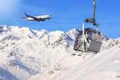 Aeroplano e neve Fotografia Stock Libera da Diritti