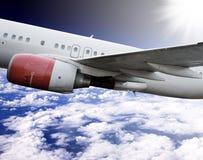 Aeroplano en cielo Foto de archivo libre de regalías