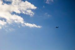 Aeroplano en el aire Imágenes de archivo libres de regalías