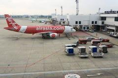 Aeroplano en el terminal Imagen de archivo libre de regalías
