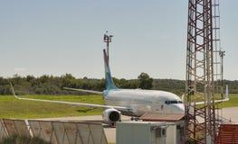 Aeroplano Luxair en el aeropuerto de Zracna Luka Pulas, Croatia imagen de archivo