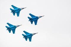 Aeroplano militar su 27 Imagenes de archivo