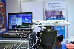 Aeroplano modelo del banco de prueba Foto de archivo