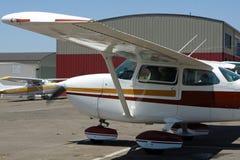 Aeroplano privato - Cessna 172 Immagini Stock Libere da Diritti