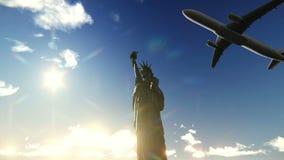 Aeroplano que vuela sobre la estatua del vídeo de la libertad libre illustration