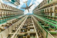 Aeroplano sopra il distretto residenziale Immagine Stock Libera da Diritti