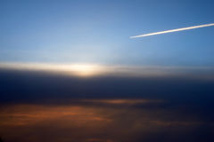 Aeroplano, sopra le nuvole Fotografia Stock