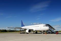 Aeroplano su catrame Fotografia Stock Libera da Diritti