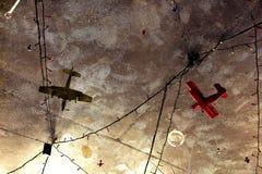 Aeroplanos en el cielo Fotos de archivo libres de regalías