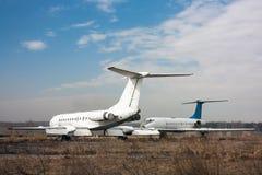 Aeroplanos viejos del almacenamiento Fotografía de archivo libre de regalías