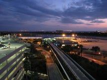 Aeroporto al crepuscolo Fotografia Stock Libera da Diritti