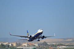 Aeroporto de Alicante - Ryanair imagem de stock