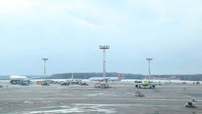 Aeroporto 03 de Rússia, Moscou Aeroflot 03 17 video estoque