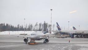 Aeroporto 17 de Rússia, Moscou Aeroflot 02 inverno 17 video estoque