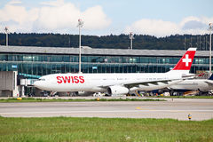 Aeroporto de Zurique Fotografia de Stock Royalty Free