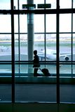 Aeroporto della donna Fotografie Stock Libere da Diritti