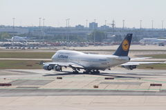 Aerei all'aeroporto di Francoforte Immagini Stock Libere da Diritti