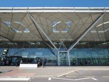 Aeroporto di Standsted a Londra, Regno Unito fotografie stock libere da diritti