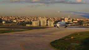 Aeroporto do avião comercial Imagem de Stock Royalty Free