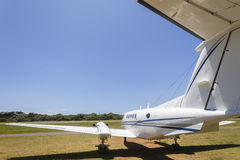Aeroporto gêmeo plano do motor Imagem de Stock Royalty Free