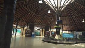 Aeroporto internacional original de Samui no vídeo da metragem do estoque do ar livre video estoque