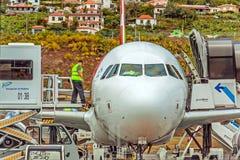 Aeroporto Madeira - Airbus A320 Fotografia de Stock Royalty Free