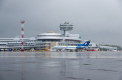 Aeroporto nazionale di Minsk - 11 luglio 2015 Immagini Stock