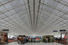 Aeroporto terminal de Paris Charles de Gaulle CDG Fotografia de Stock