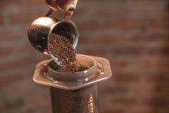 Aeropress-Kaffee Lizenzfreie Stockfotografie