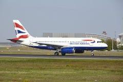 Aeropuerto de Francfort - Airbus A319 de British Airways saca Fotos de archivo libres de regalías