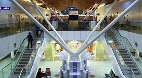Aeropuerto de Kuala Lumpur del salón del tránsito, Malasia Imagenes de archivo