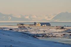 Aeropuerto de Longyearbyen, Spitsbergen (Svalbard) noruega Imagen de archivo