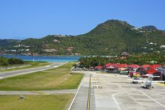 Aeropuerto del St Barths del OS del panorama, del Caribe Imagen de archivo