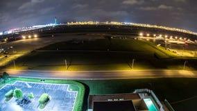 Aeropuerto Fisheye del lapso de tiempo del aeroplano metrajes