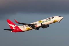 Aeropuerto internacional de salida de Qantas Jetconnect Nueva Zelanda Boeing 737-838 ZK-ZQF Melbourne Imagenes de archivo