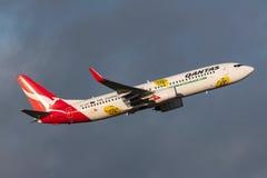 Aeropuerto internacional de salida de Qantas Jetconnect Nueva Zelanda Boeing 737-838 ZK-ZQF Melbourne Imágenes de archivo libres de regalías