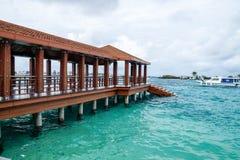 Aeropuerto internacional en la isla de Maldivas Fotografía de archivo libre de regalías