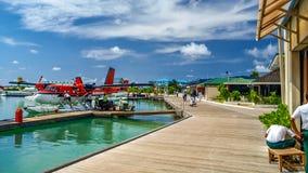 Aeropuerto para el taxi de aire, Maldivas Imagenes de archivo