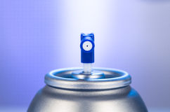 Aerosolspraydosen-Düsennahaufnahme Lufterfrischerprodukt-Studiophotographie Lizenzfreies Stockfoto