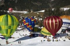 Aerostati di aria calda al chateau D'Oex Fotografia Stock Libera da Diritti