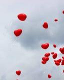 Aerostati rossi del cuore Fotografia Stock