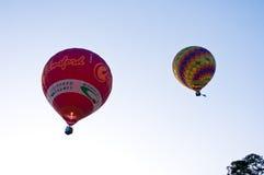 Aerostato che galleggia al cielo Immagini Stock Libere da Diritti