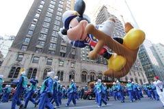 Aerostato del mouse di Mickey del marinaio nella parata del Macy Fotografie Stock Libere da Diritti