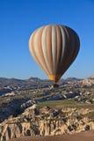 Aerostato di aria calda in Cappadocia, Turchia Immagini Stock Libere da Diritti