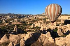 Aerostato di aria calda in Cappadocia, Turchia Fotografie Stock Libere da Diritti