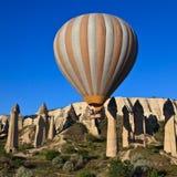 Aerostato di aria calda in Cappadocia, Turchia Fotografia Stock